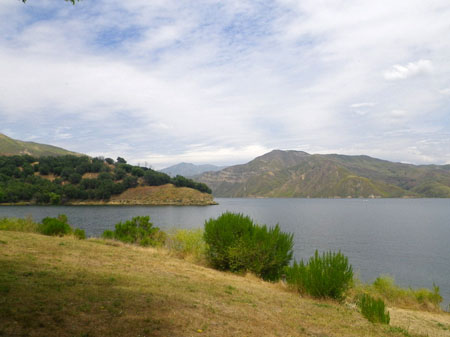 Lake Piru1.jpg